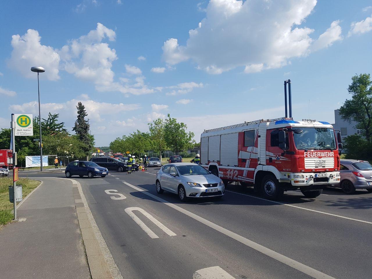 Einsatz – Auslaufende Betriebsstoffe nach Verkehrsunfall